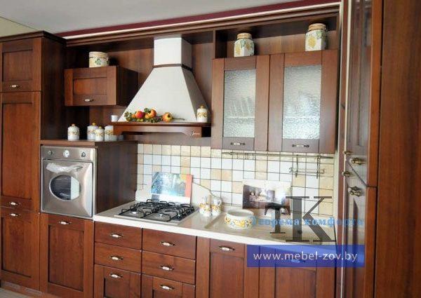 Прямая цветная классическая кухня
